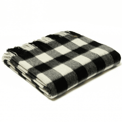 Lambswool Chequered Board Black Throw