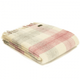 Pure New Wool Meadow Check Dusky Pink Throw